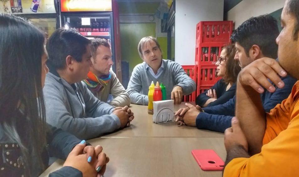Luciano Cruz Coke se desplegó por Santiago para presentar el plan #LíderesDescomunales
