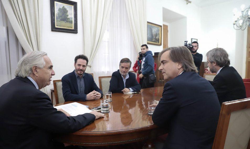 Evópoli pide a ministro Chadwick que incorpore baja de sueldos de altas autoridades del Estado en Acuerdo Nacional