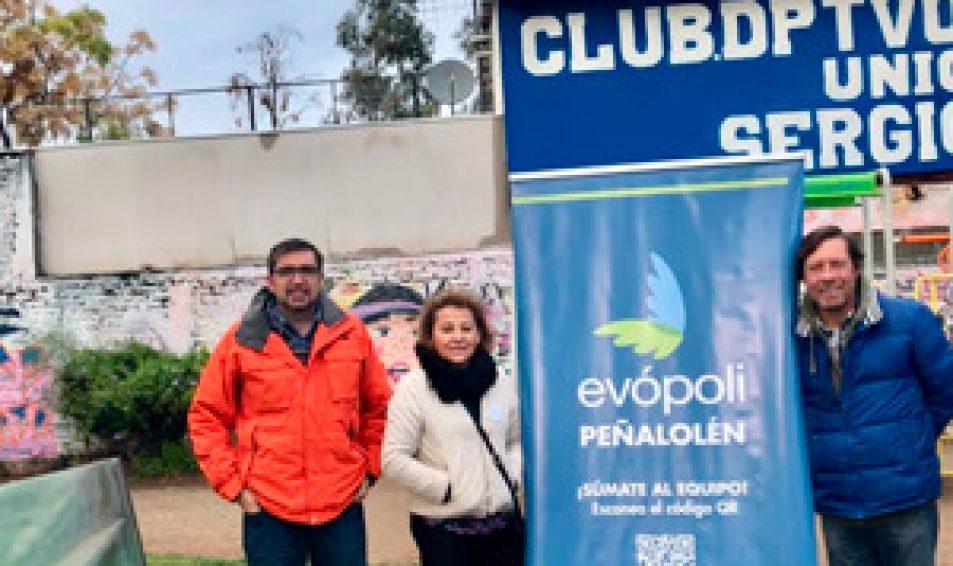 Causa Acción Animal y Evópoli Peñalolén realizaron un operativo veterinario al aire libre