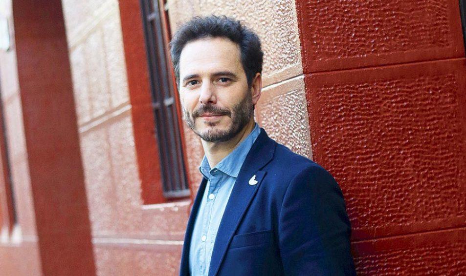 Hernán Larraín Matte: «¿La política es una mierda?»