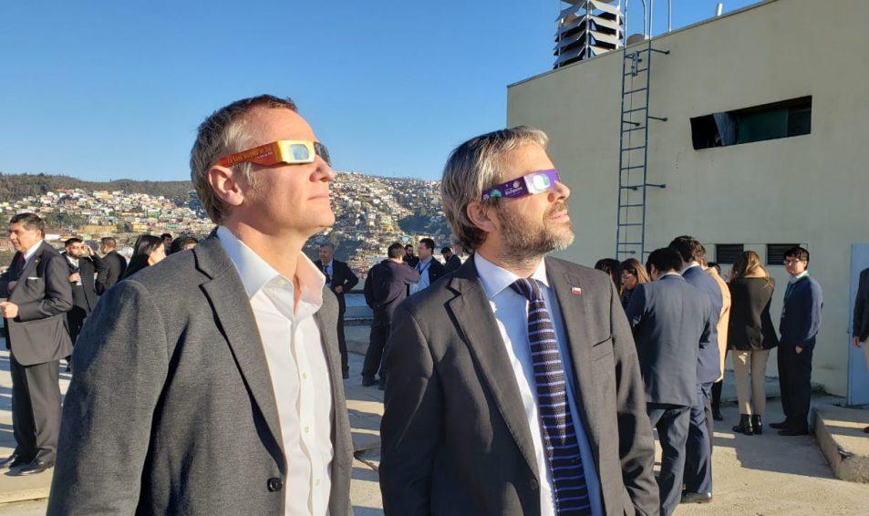 Así vimos el Eclipe 2019 en Evópoli