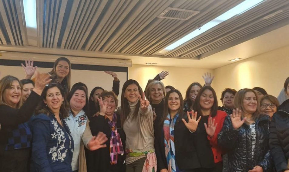 Luz Poblete recorre Magallanes en búsqueda de Líderes DesComunales