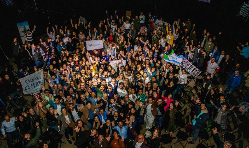 Evópoli dio el vamos a las elecciones 2020 en el lanzamiento de las #CumbresDescomunales y el senador Felipe Kast asumió como coordinador de esta campaña
