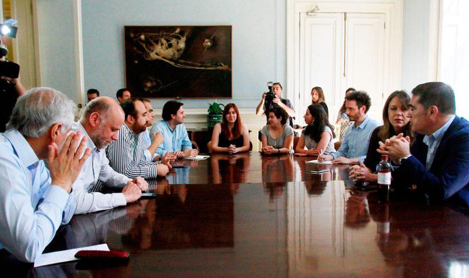 Partidos acuerdan presentar la próxima semana reforma para iniciar proceso constituyente