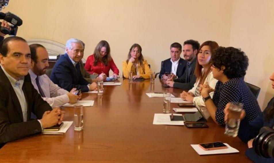 Partidos políticos acuerdan nuevo calendario electoral: Plebiscito será el 25 de octubre